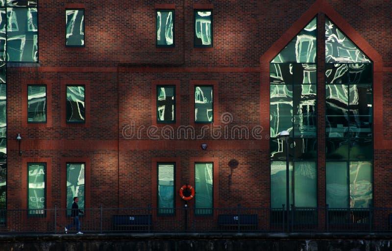 Contenga en el área de los Docklands de Londres foto de archivo libre de regalías