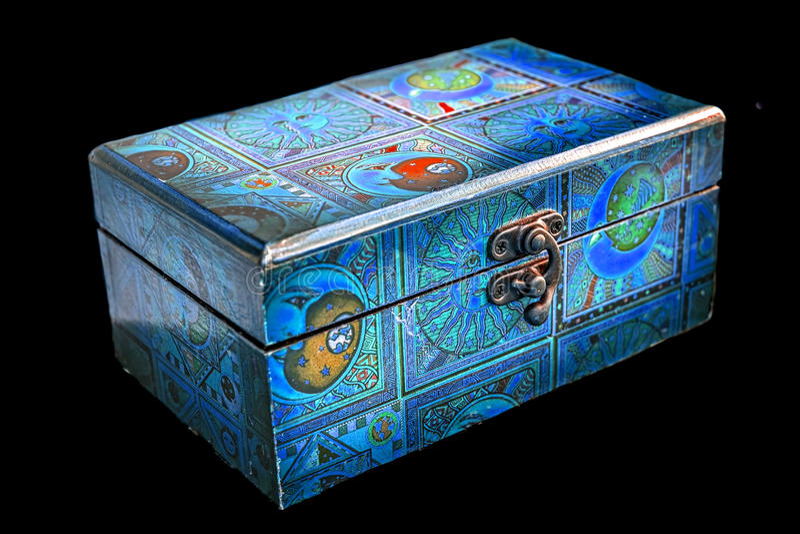 Contenitore di gioielli di legno blu fotografia stock libera da diritti