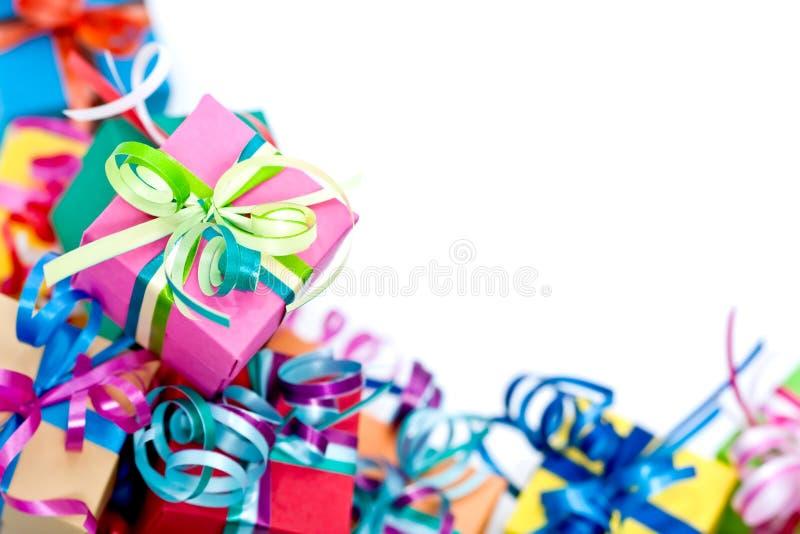 Contenitore di regali variopinto immagine stock