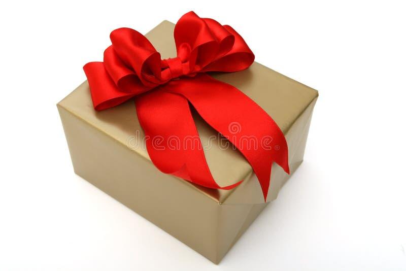 Download Contenitore di regalo immagine stock. Immagine di fascia - 7303999