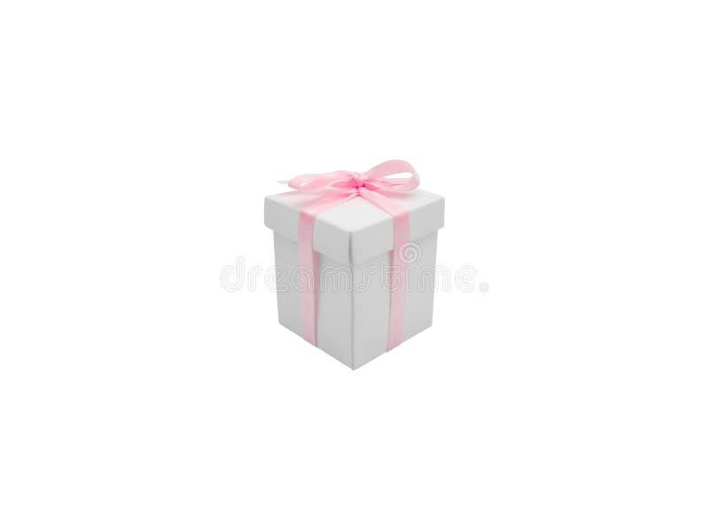 Contenitore di regalo con il nastro isolato su fondo bianco fotografie stock