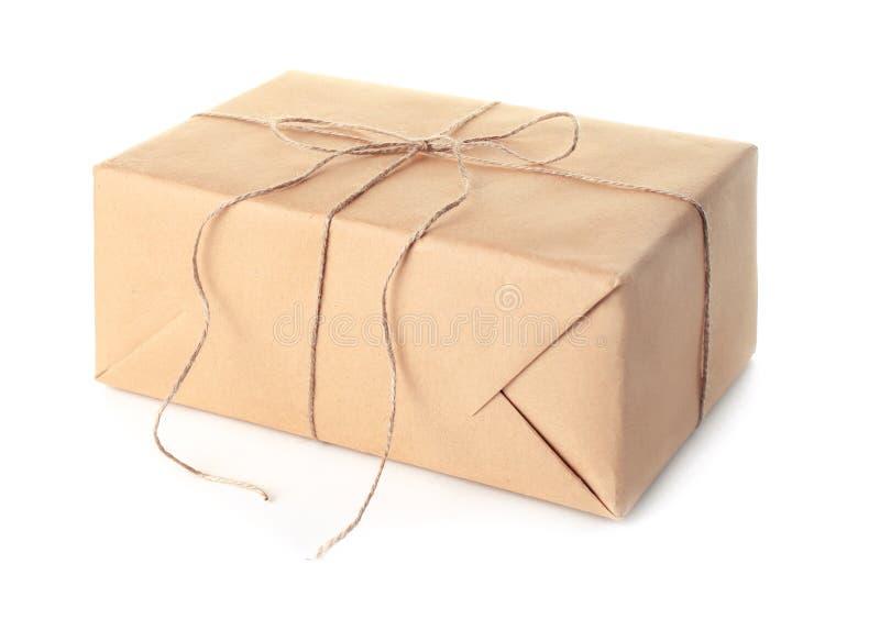 Contenitore di regalo del pacchetto su fondo fotografia stock