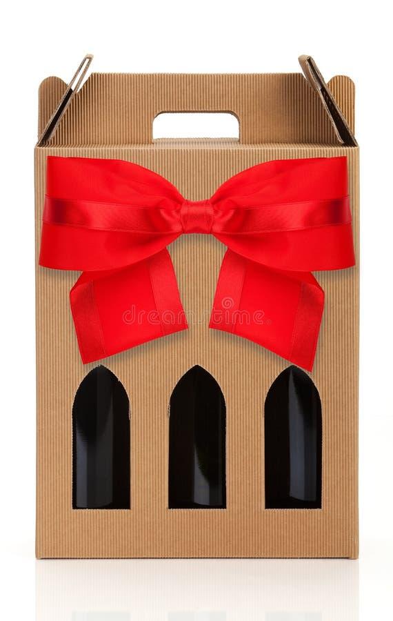 Contenitore di regalo del vino fotografie stock libere da diritti
