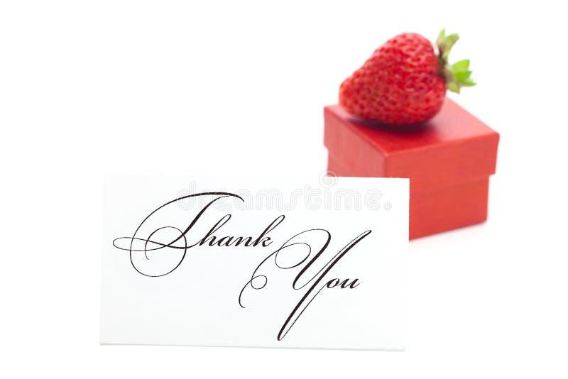 Contenitore di regalo, ringrazi voi per cardare e le fragole fotografie stock