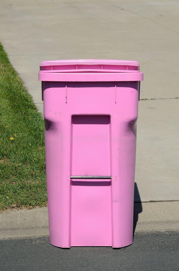 Contenitore rosa dell'immondizia immagini stock