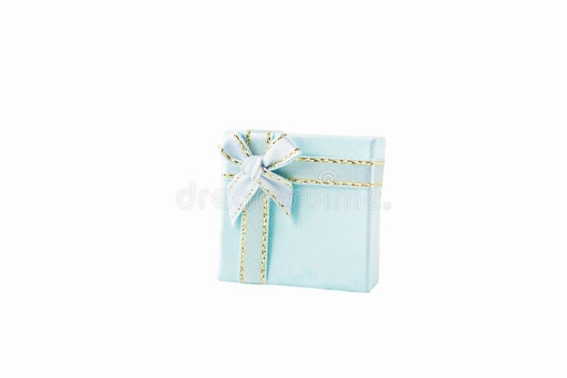 Contenitori di regalo blu isolati su fondo bianco fotografia stock libera da diritti