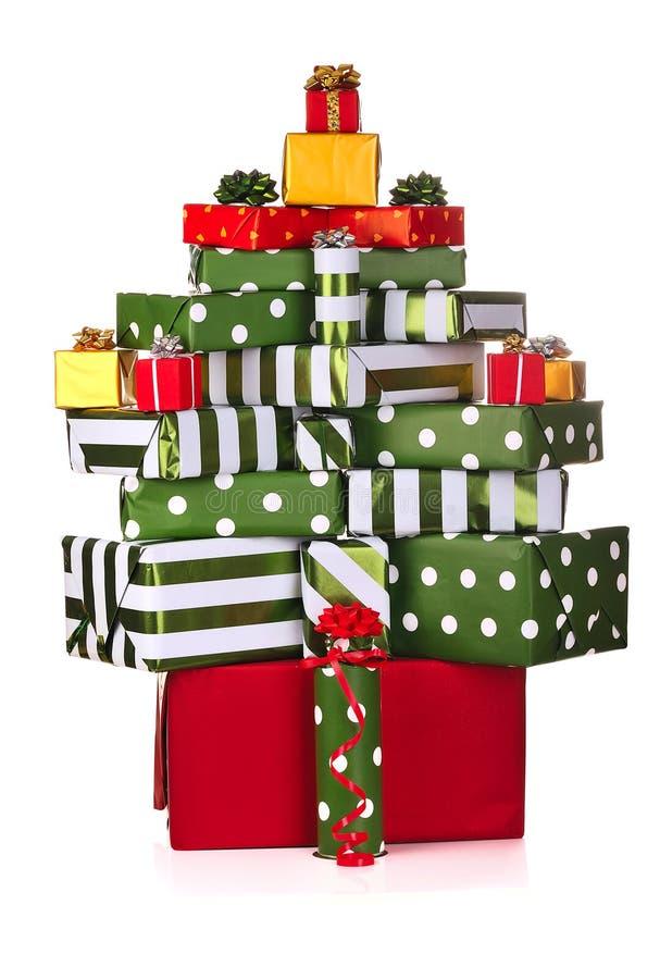 Download Contenitori Di Regalo Di Natale Fotografia Stock - Immagine di pila, dorato: 7308356