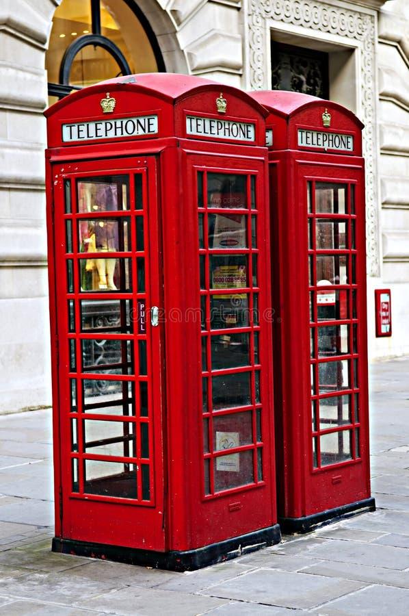 Contenitori di telefono a Londra fotografie stock
