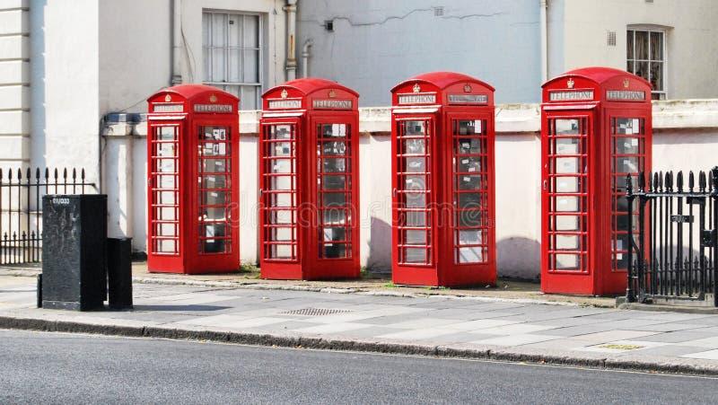 Contenitori di telefono a Londra immagini stock