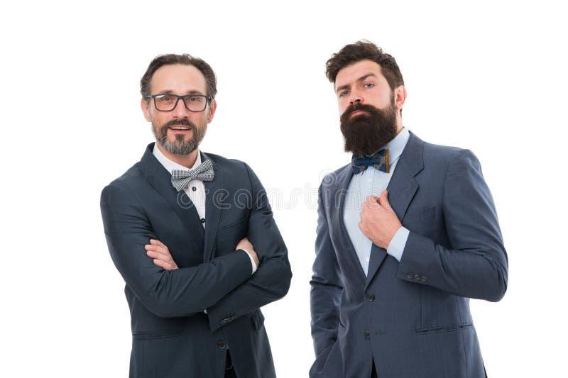 Contente de trabalhar com você Homens farpados Modernos maduros com barba Homens brutais seguros Negócios Homens de negócios mode imagens de stock royalty free