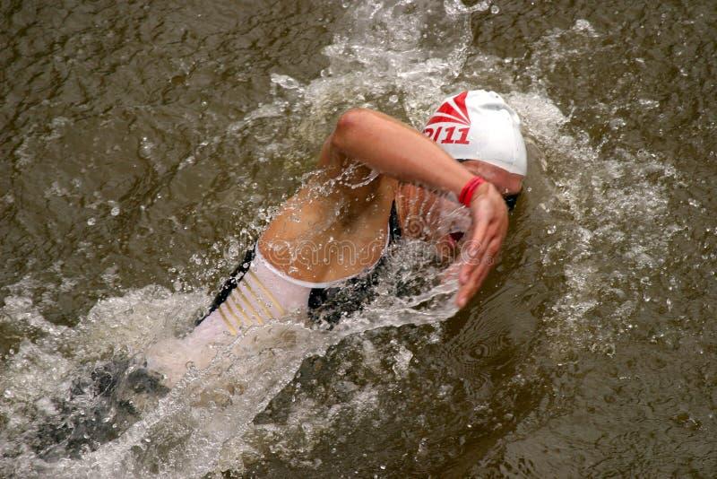 Contestant de Triathlon photo libre de droits