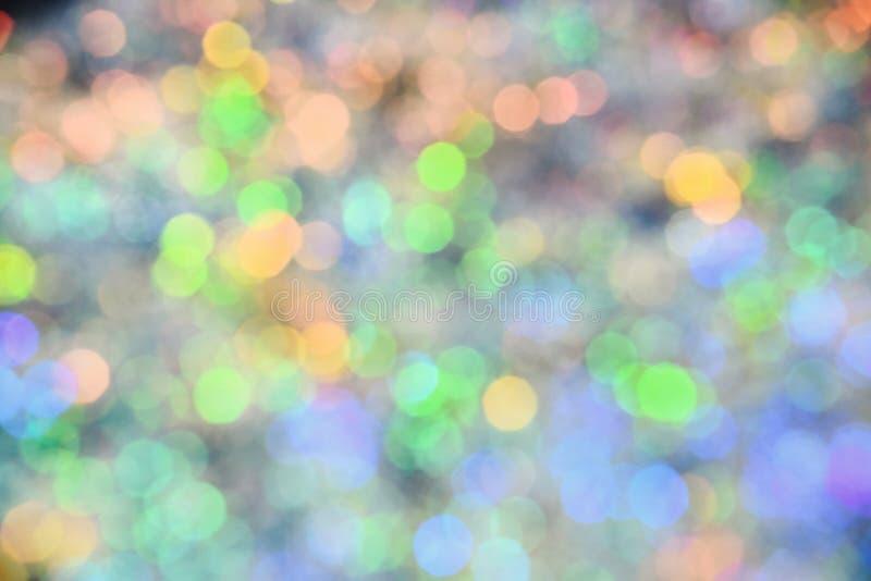 Contexte de festival de vacances avec les lumières de scintillement Bokeh coloré Defocused et abstrait avec la lumière de nuit Fo photos stock
