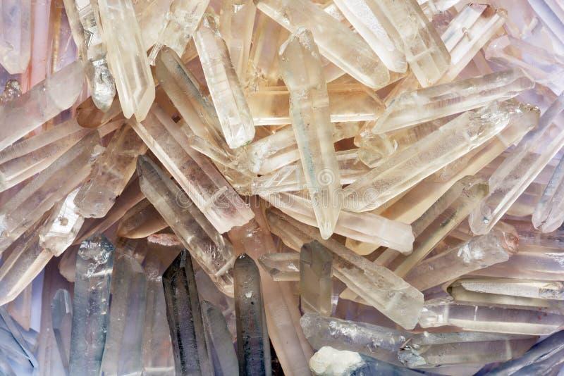 Contexto de los cristales de cuarzo foto de archivo libre de regalías