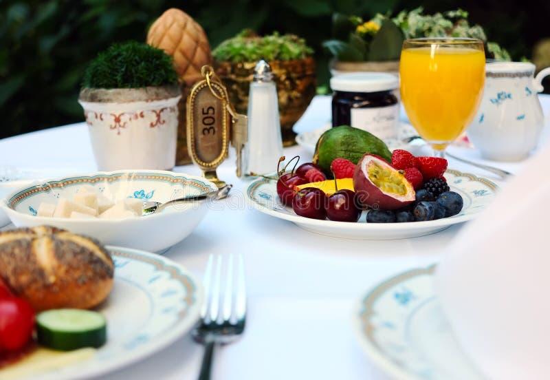 Continentaal ontbijt bij hotel royalty-vrije stock foto's