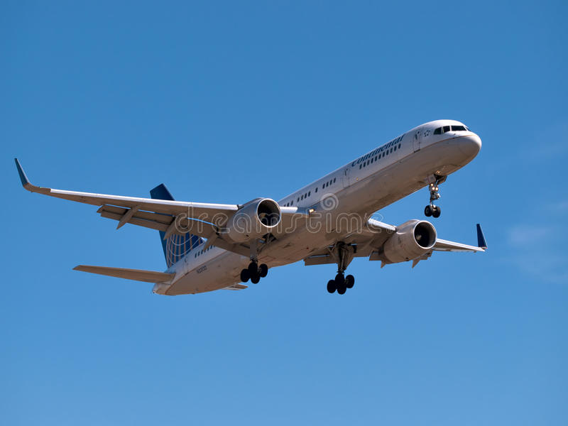 Continental Airlines Boeing 737 imagem de stock royalty free