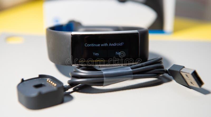 Continue com mensagem de Adnorid na exposição de vagabundos novos de Microsoft imagem de stock