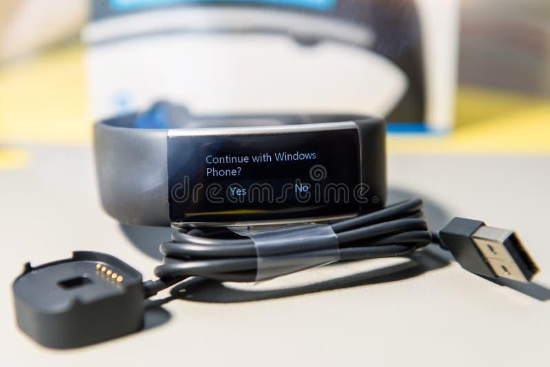 Continue com mensagem de Windows Phone na manutenção programada do relógio da faixa 2 de Microsoft foto de stock royalty free