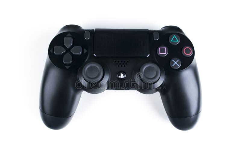 Contrôleur mince de jeu de la révision 1Tb et du dualshock de Sony PlayStation 4 Console de jeu avec une manette Console à la mai image stock