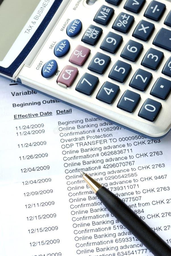 Contrôlez le rapport mensuel de compte bancaire image stock