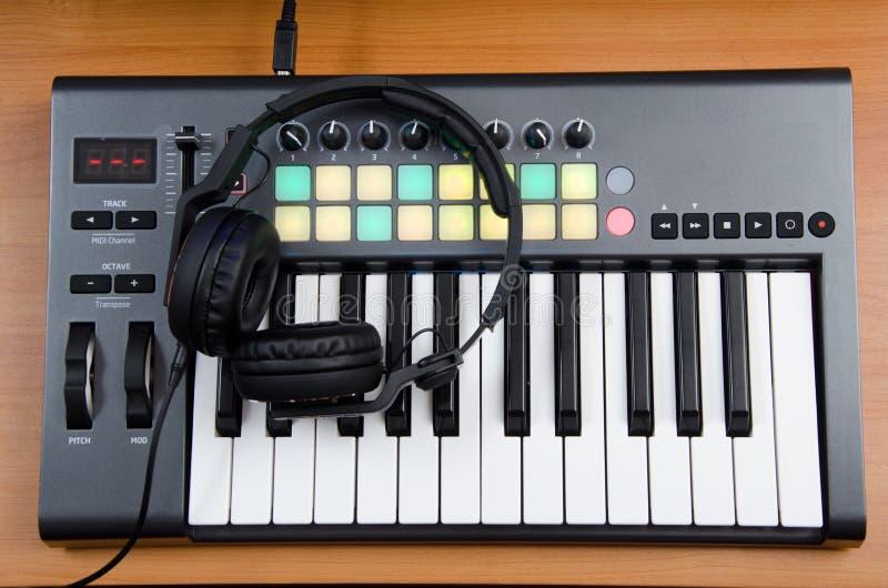 Contrôleur du DJ image libre de droits