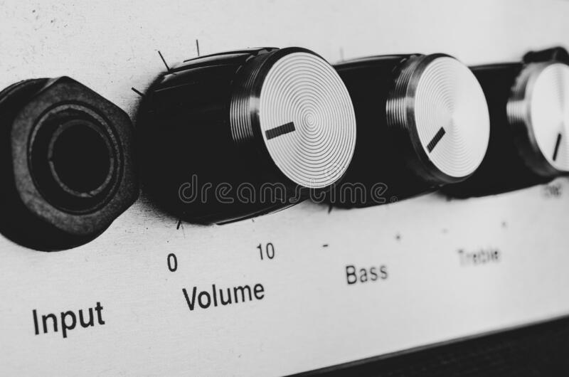 Contrações de um amplificador imagens de stock