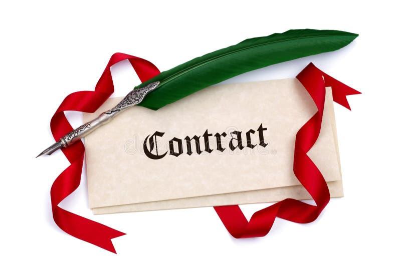 Contractdocumenten en ganzepen royalty-vrije stock foto's