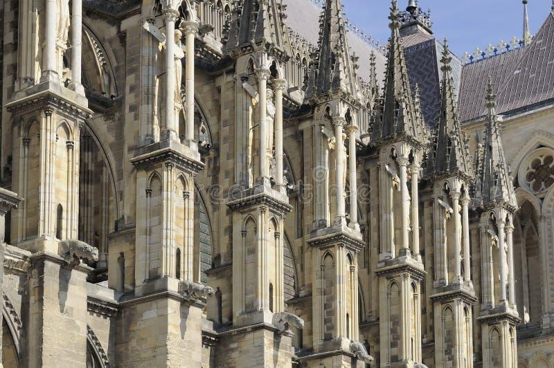 Contrafuertes de la catedral, Reims imagen de archivo