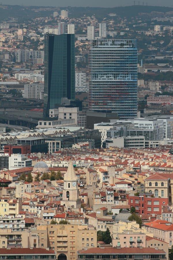 Contrastes architecturaux Marseille, France photo stock
