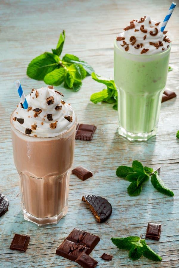 Contrastive типы milkshakes стоковые изображения rf