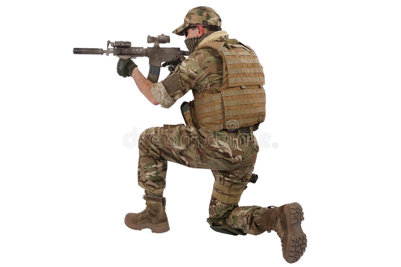 Contratante militar privado com carabina M4 imagem de stock