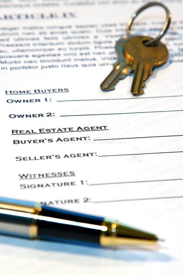 Contratto della vendita domestica immagine stock