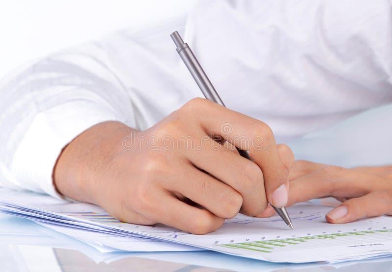 Contratto di sign della mano fotografia stock