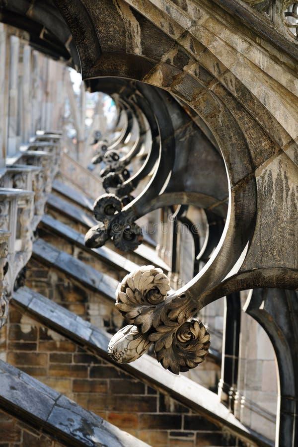 Contreforts de vol, cathédrale de Milan, Italie image libre de droits