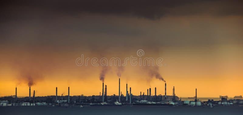 Contribuant principal à la pollution atmosphérique images stock