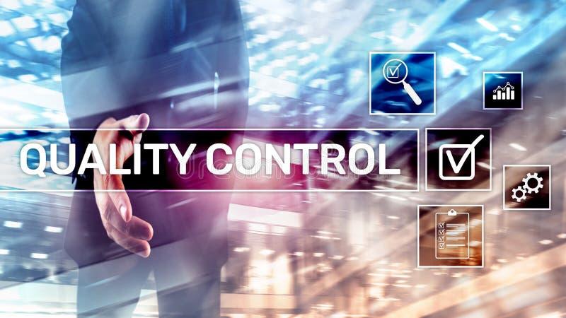Control de calidad y garantía estandardización garantía estándares Concepto del negocio y de la tecnología foto de archivo libre de regalías