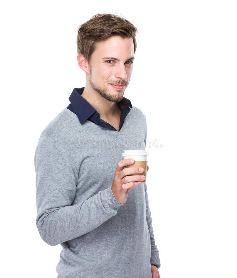 Control del hombre con la taza de café imagenes de archivo