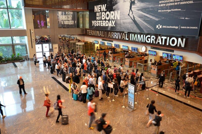 Controle da imigração no aeroporto internacional de Changi imagens de stock royalty free