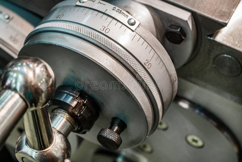 Controle de transporte mecânico da roda imagens de stock