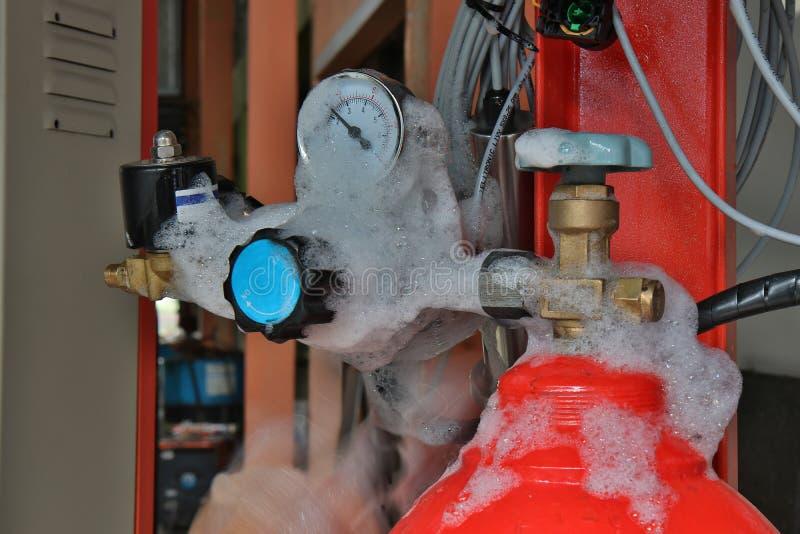 Controleer de lekkage van gas royalty-vrije stock foto