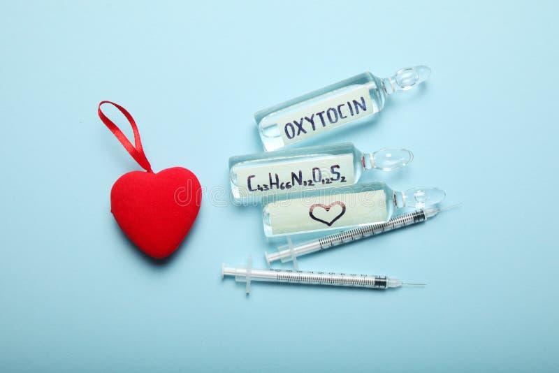 Controleoxytocin hormoon in lichaam Liefdechemie royalty-vrije stock afbeelding