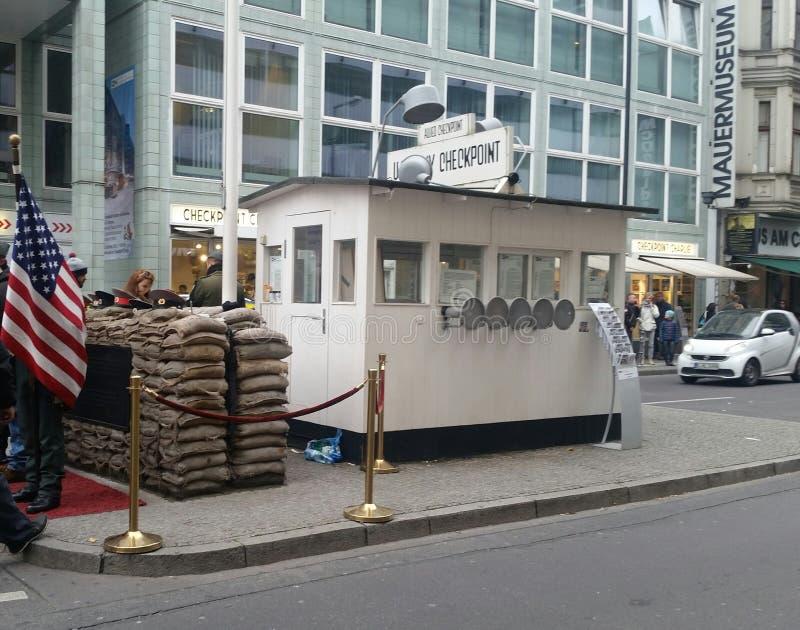 Controlepost Berlijn stock foto's