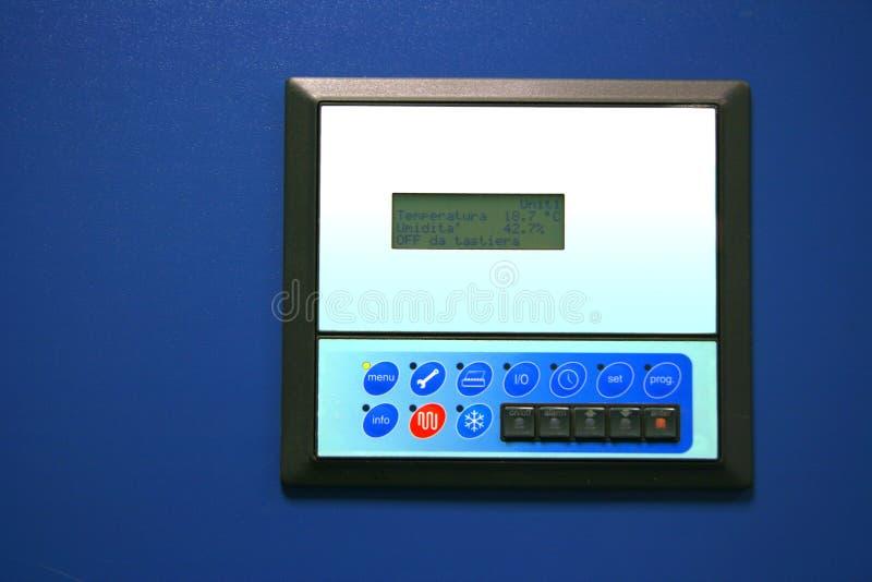 Controles y visualización industriales del acondicionador de aire imagen de archivo libre de regalías