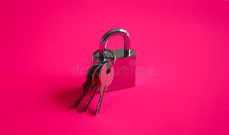 Controleslot en sleutels stock afbeeldingen