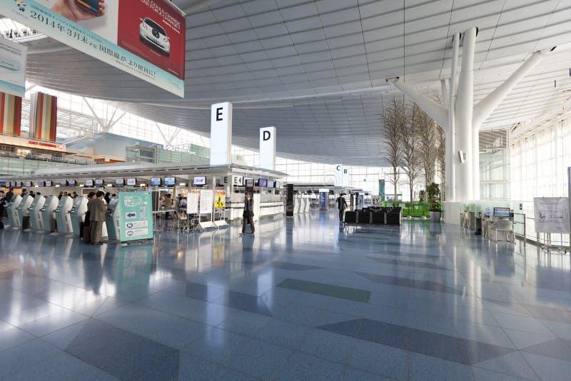 Controlli contro all'aeroporto internazionale di Haneda, Giappone fotografia stock libera da diritti