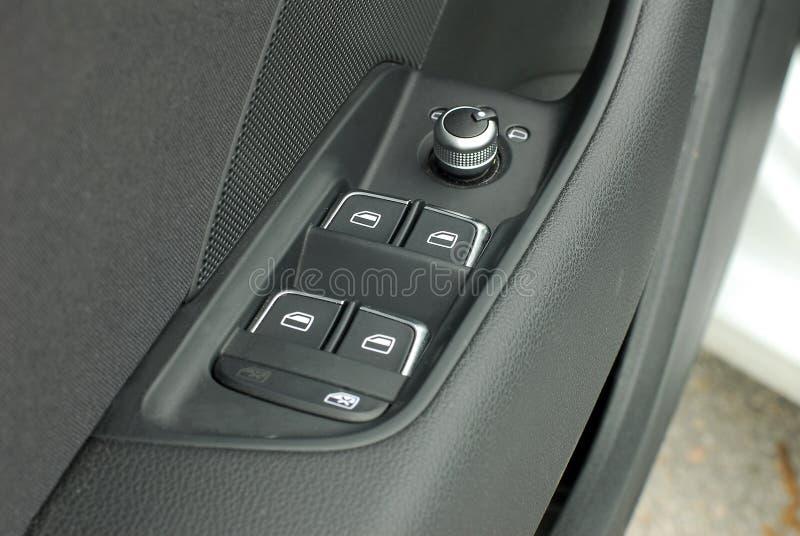 Controllo laterale del commutatore dello specchio e bottone della finestra fotografia stock libera da diritti