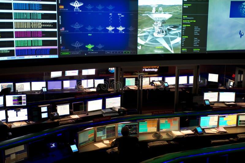 Controlo da missão no laboratório de propulsão de jato imagens de stock