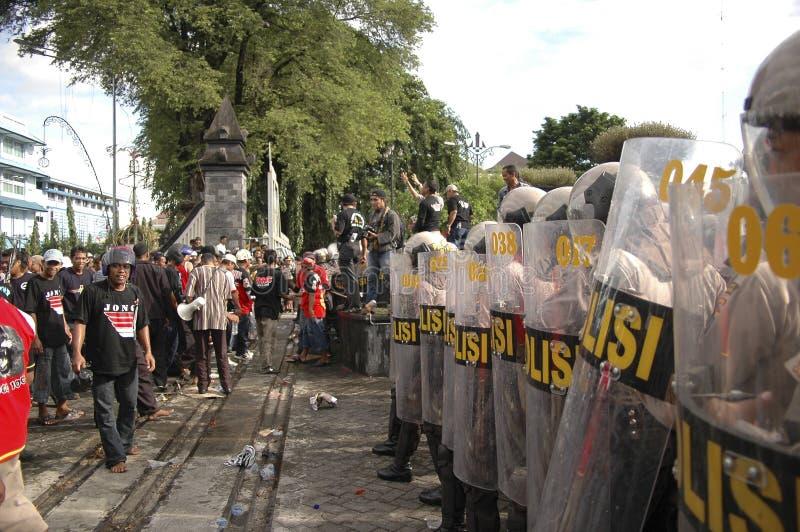 CONTROVÉRSIA INDONÉSIA DA POLÍCIA imagem de stock