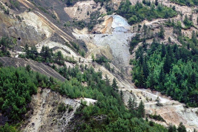 Controversiële goudmijnuitgraving, Rosia Montana, Roemenië stock afbeelding