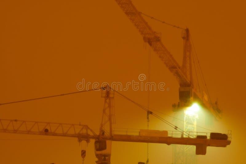 contruction вытягивает шею ноча стоковая фотография rf