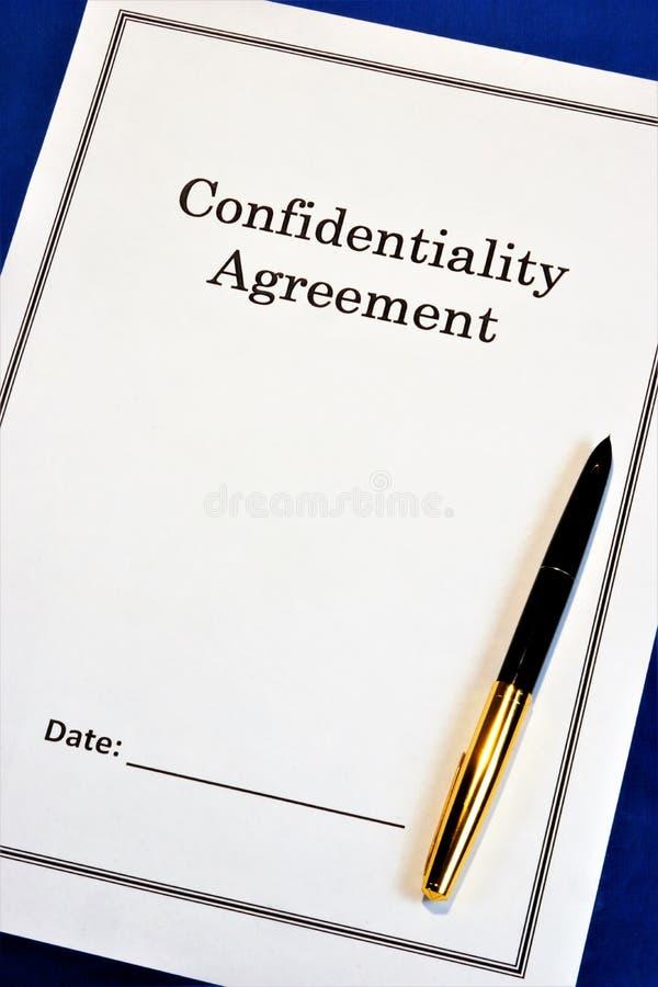 Convention de confidentialité - forme juridique Accord afin de l'échange mutuel des matériaux, avec l'accès limité, prévention photos libres de droits